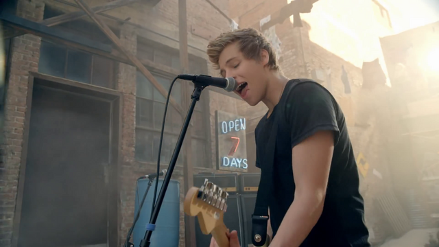 File:5 Seconds of Summer - She Looks So Perfect - 5 Seconds of Summer Wiki (14).png