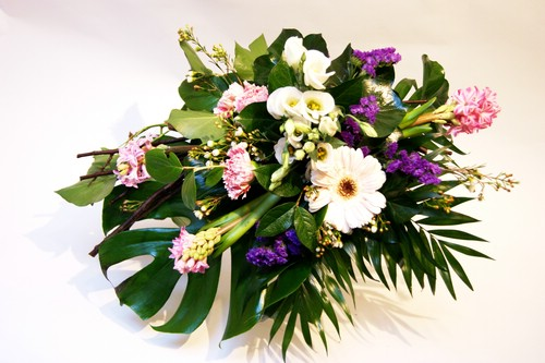 Datei:Blumenstrauß Bella.jpg
