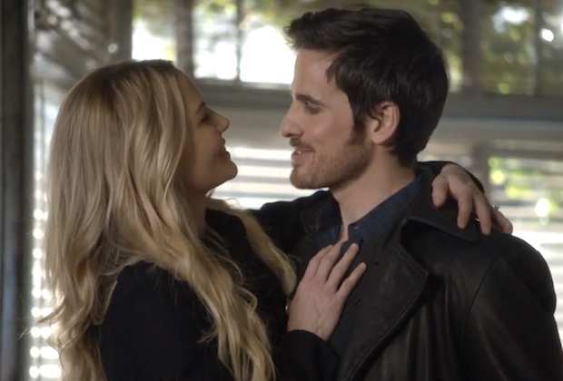 File:Once-upon-time-emma-hook-delete.jpg