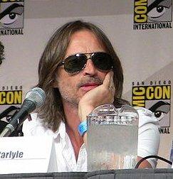 File:Stargate Universe Comic Con 2009 Carlyle.jpg