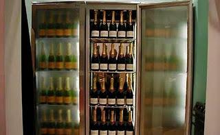 File:Absolutely-fabulous-champagne-fridge.jpg