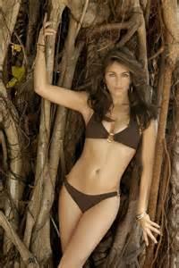 File:Jungle Woman.jpg