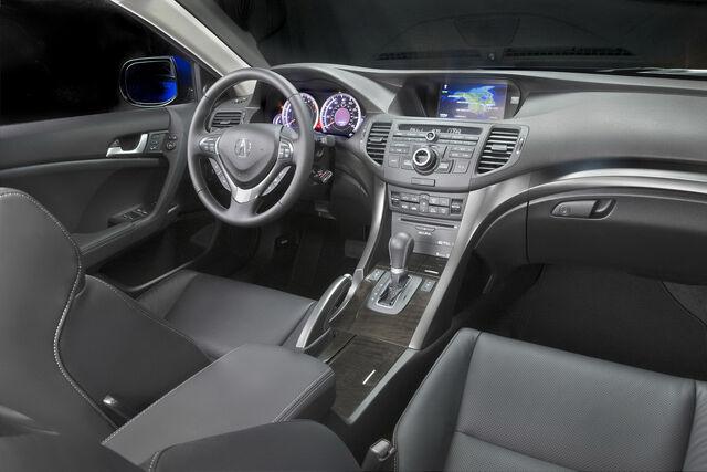 File:2011-Acura-TSX-Sport-Wagon-17.jpg