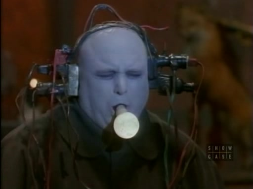 File:The.new.addams.family.s01e32.uncle.fester's.illness011.jpg