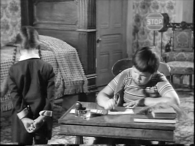 File:49.Christmas.with.the.Addams.Family 064.jpg