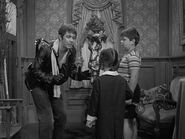 15.The.Addams.Family.Meets.a.Beatnik 055