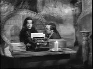 42.Morticia,.the.Writer 033