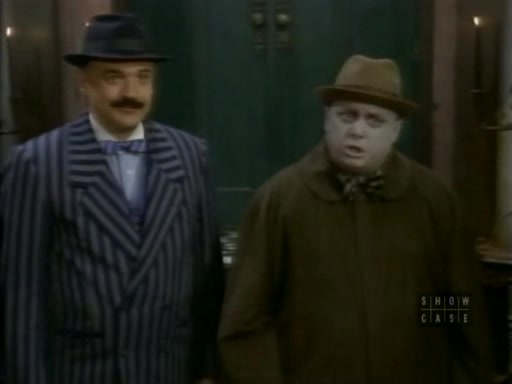 File:The.new.addams.family.s01e27.crisis.in.the.addams.family027.jpg