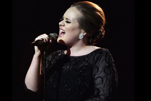 File:Adele Wiki Christmas.jpg