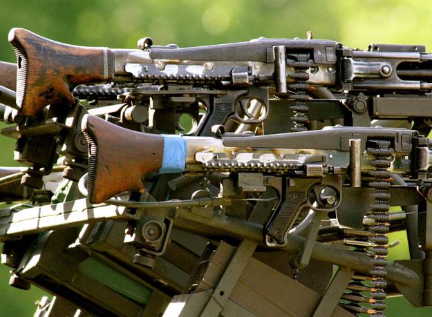 File:Meat-chopper-gun-03.jpg