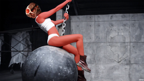 File:Colossal titan wrecking ball.png