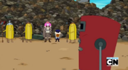 S5e46 Female Banana Guard