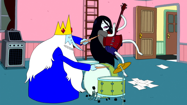 File:S4e25 Ice King and Marceline jamming out.png