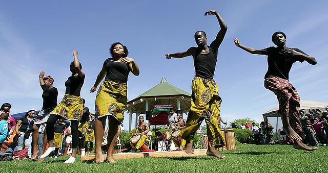 File:Motherland rythumas dancers and drumming.jpg