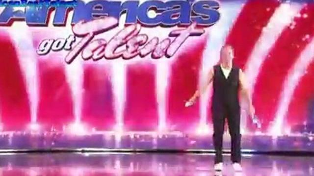 Nick Pike, 30 ~ America's Got Talent 2010, auditions Orlando-0