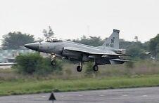 JF-17 landing-1-