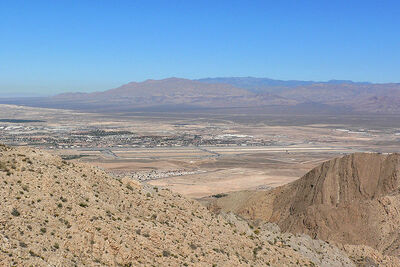 800px-Nellis AFB from Frenchman 1