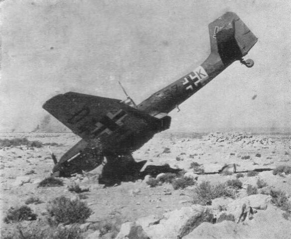 File:Ju 87 stuka nose dive.jpg