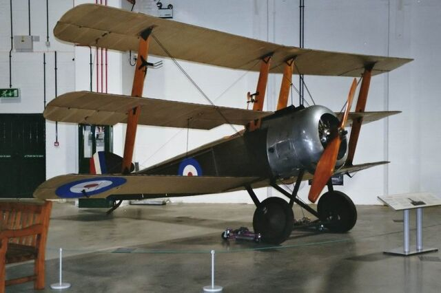 File:Sopwith-triplane-01.jpg