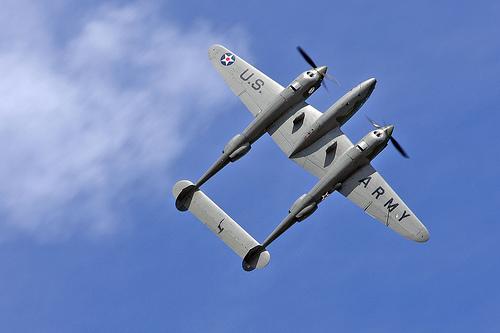File:Lockheed P-38F Lightning .jpg