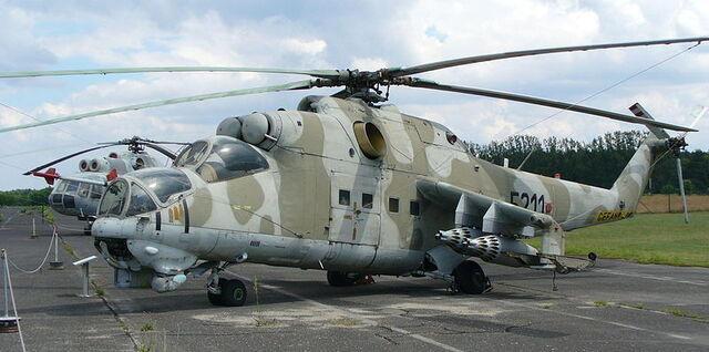 File:800px-Mi-24D Hind Attack Helicopter (Berlin).jpg