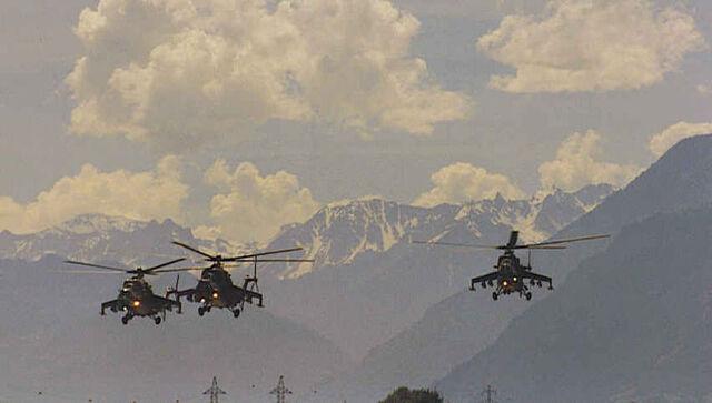File:800px-Three Mi-24.jpg