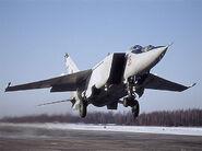 7-MiG-25-Foxbat-Ye-155