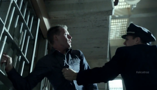 File:1x05 fight2.png