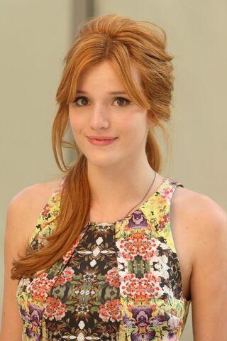 File:Bella-Thorne-Casting .jpg