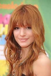 Bella-Thorne-Pictures26
