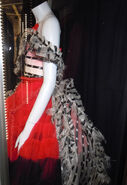 Alice red queen palace dress back