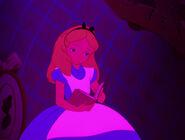 Alice-in-wonderland-disneyscreencaps.com-592