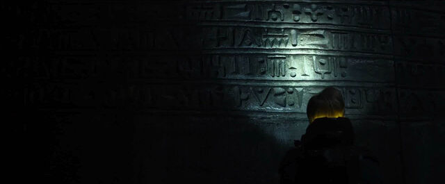 File:Engineer temple hieroglyphs.jpg