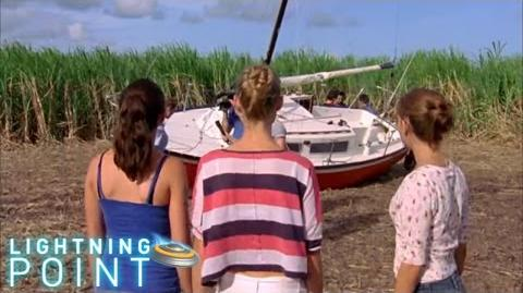 Lightning Point Alien Surfgirls S1 E13 Spaceship
