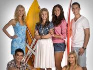 Cast-of-alien-surf-girls-