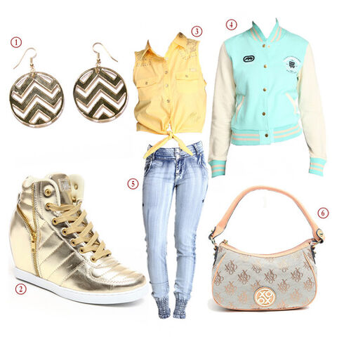 File:Alicia's urban outfits.jpg