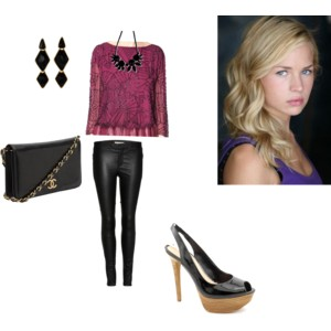 File:Nikki Merrick's outfit from Crossing the Line.jpg