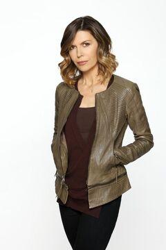 Anna Cast Photo