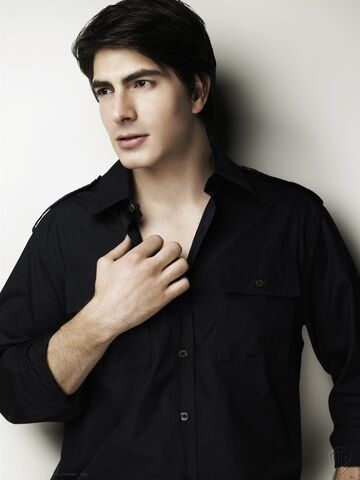 File:Shadow Falls, Lucas Parker - Brandon Routh.jpg