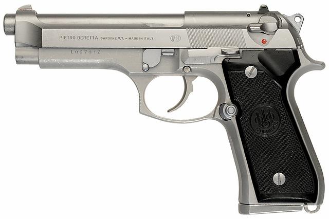 File:Beretta 92FS Inox.png