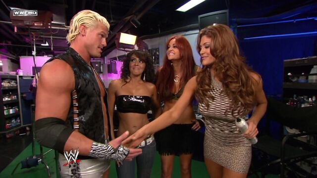 File:WWE SmackDown 06 19 09 Eve Layla Maria BackStage 720p XviD avi 000034834.jpg