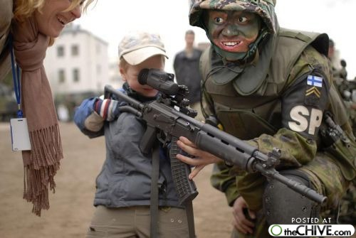 File:A-funny-military-soldiers-22.jpg