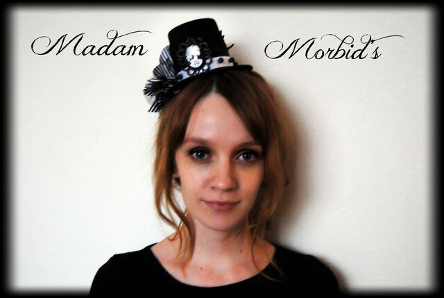 File:Madam Morbid Gothic Victorian Skeleton Lady Cameo Spider Pearl Lace Mini Top Hat.jpg