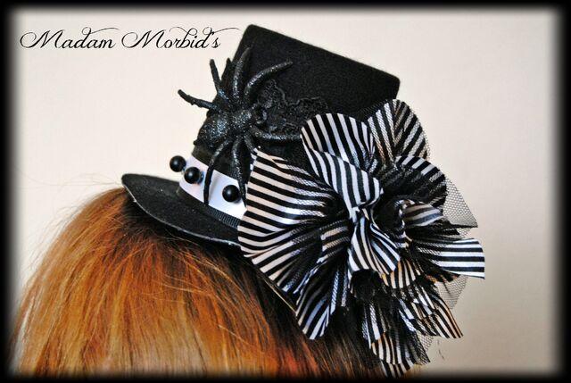 File:Madam Morbid Gothic Victorian Skeleton Lady Cameo Spider Pearl Lace Mini Top Hat 3.JPG