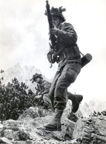 File:German soldiers 1962a.jpg
