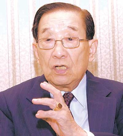 File:Lee Huan 1.jpg
