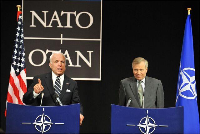File:McCain with Jaap de Hoop Scheffer.jpg