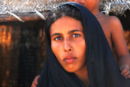 File:Tuareg women1.jpg