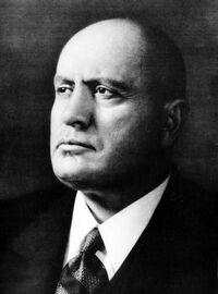 Mussolini biografia