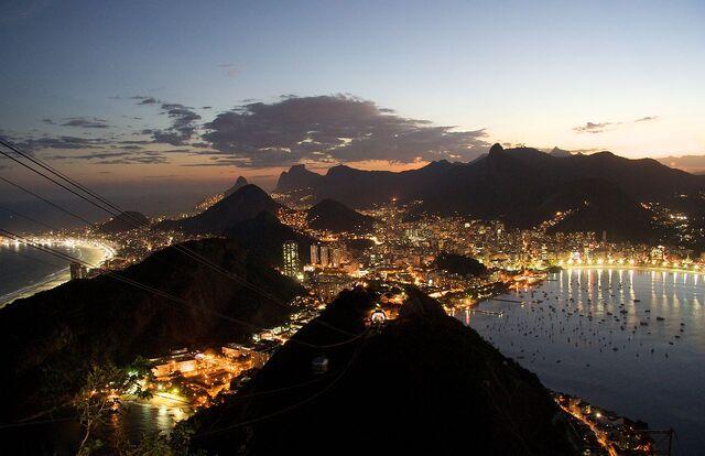 File:Rio de Janeiro night.jpg